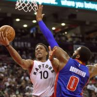 DeRozan drops 40 on Pistons in opener