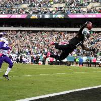 Eagles hand Vikings first defeat of season