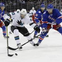 Seven Rangers score to bludgeon Sharks