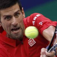 Tranquil Djokovic ousts Zverev, advances to Shanghai Masters semifinals