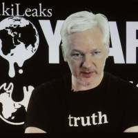 Assange defends Clinton email leaks, denies Russia link to sway election