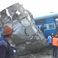 Indian train accident kills at least 100; cause unknown