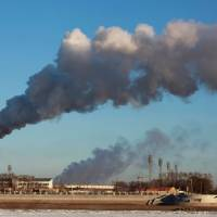 Smoke billows from a heating factory in Heihe, in northeastern China's Heilongjiang province, in 2015. Carbon emissions from burning fossil fuels have been nearly flat for three years in a row — a 'great help' but not enough to stave off dangerous global warming, a report said on Monday.   AFP-JIJI
