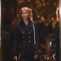 Ivanka Trump, daughter of U.S. President-elect Donald Trump, arrives at Trump Tower in New York on Monday.   AFP-JIJI