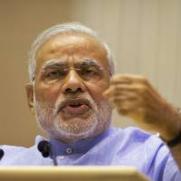 India eyes Japan nuclear deal as ties deepen on Modi visit
