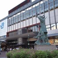 A statue of Momotaro in front of Okayama Station. The city of Okayama, the town of Kibichuo and the city of Maniwa are trying to attract Muslim tourists from Malaysia. | ISTOCK
