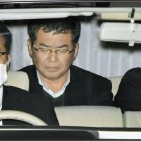 Osaka professor held on bribery charges in connection with research on reinforced concrete