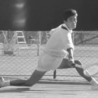 Tennis pioneer Ishiguro dies at 80