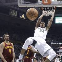 Bucks take charge against Cavaliers