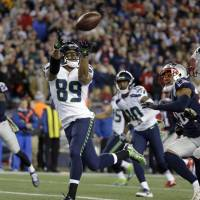 Seahawks hold off Patriots