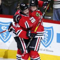 Blackhawks slow down Canadiens