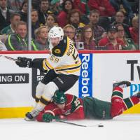 Granlund swoops late to lead Wild past Bruins