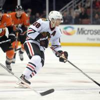 Blackhawks win annual Black Friday rivalry game