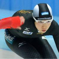 Kodaira triumphs in 500-meter race