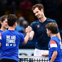 Murray secures move to No. 1 after walkover in Paris Masters semifinals