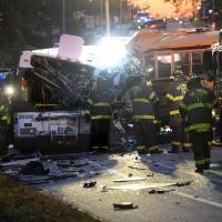 Driver in deadly Baltimore bus crash was speeding, had history of crashes, seizures: NTSB