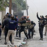 Iraq special forces hold 19 Mosul neighborhoods, get tipped off on jihadi positions by trapped civilians