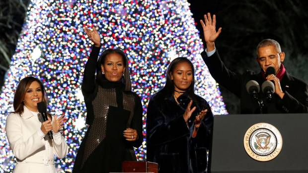 Obamas light up National Christmas Tree for last time