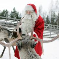 Lighter presents and smaller sleighs needed as Santa's reindeer shrink in size