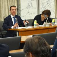 Francesco Fini, the EU Delegation minister to Japan, speaks at a symposium in Tokyo on Monday where he urged Japan to abolish the death penalty. | KYODO