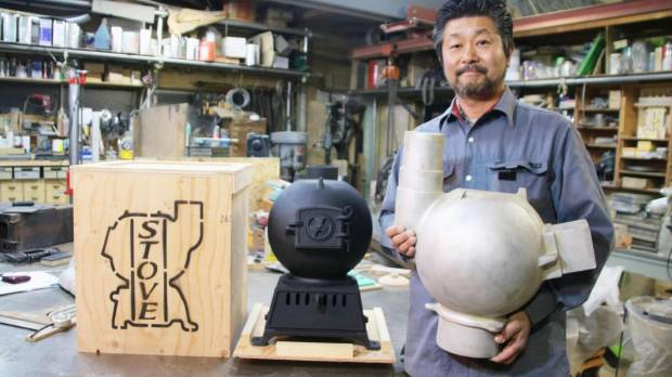 Hakodate artisan finds niche in revival of iron potbelly stove