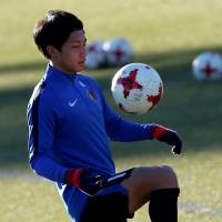 Kashima Antlers midfielder Gaku Shibasaki trains on Saturday in preparation for the Club World Cup final against Real Madrid on Sunday in Yokohama. | REUTERS