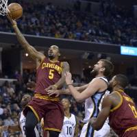 Cavaliers without Smith for 3 months after surgery