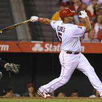 Pujols has foot surgery, could miss four months
