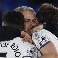 Mourinho starting to feel at home with Manchester United