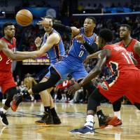 Thunder ease past Pelicans