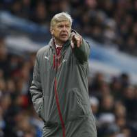 Arsenal up to old tricks as season nears midway point