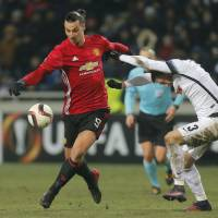 Manchester United blanks Zorya Luhansk, advances in Europa League