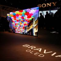 Sony, Samsung TVs wow CES crowds with new screen technologies