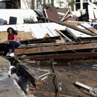 Tornado rips through southern Mississippi, killing four