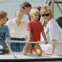 Sons plan statue of Princess Diana to mark 20 years since fatal car crash