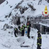 Five believed to be still alive in Italy avalanche hotel