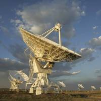 Mystery radio bursts traced to dwarf galaxy 3 billion light years away; cause unknown