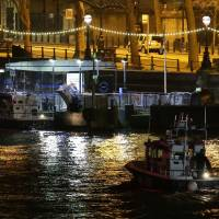 WWII bomb found in River Thames leads to closure of busy London bridges