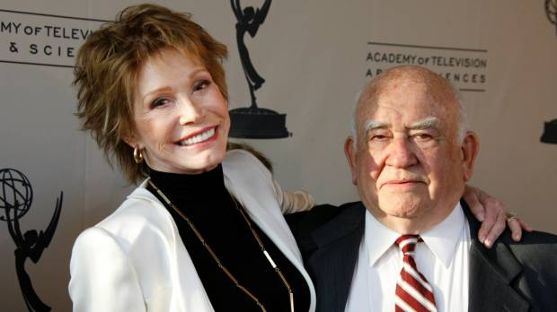 Revolutionizing actress Mary Tyler Moore dead at age 80