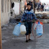 750,000 civilians in west Mosul in peril as Iraq prepares to cross Tigris, rout Islamic State