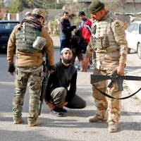 Iraqi troops begin clearing Islamic State-held villages north of Mosul