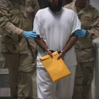 Oman takes in 10 inmates from Guantanamo