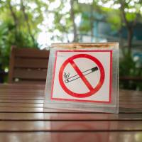 Restaurant industry opposes total smoking ban ahead of 2020 Olympics