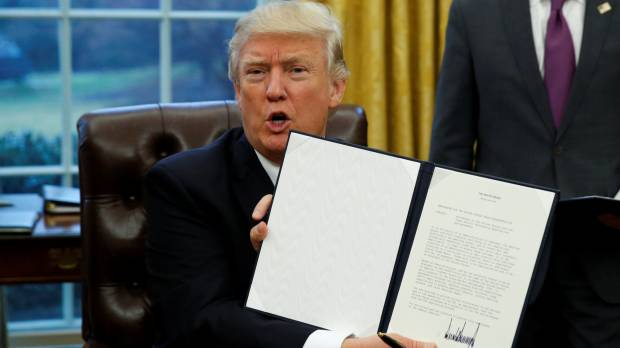 Tokyo turns down Australian proposal for TPP without U.S., vows to keep pushing Trump