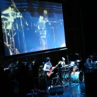 Going live: Tech group LiVEARTH demonstrates its Live CJ app with the help of Musilogue at Live Music Hackasong on Jan. 26. | © YUMA TOTSUKA