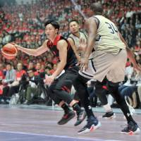 Alvark Tokyo steaming along behind potent offense