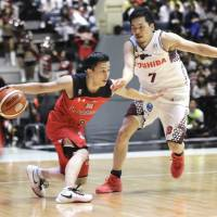 Jets blast Brave Thunders to capture All-Japan crown