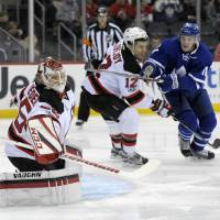 Quick start sparks Leafs to win