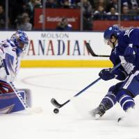 Grabner nets pair as Rangers whip Leafs