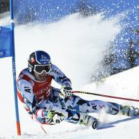 Mayer victorious in super-G